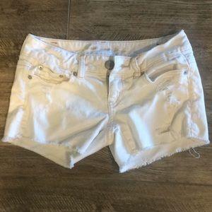 AEO Cutoff Shorts